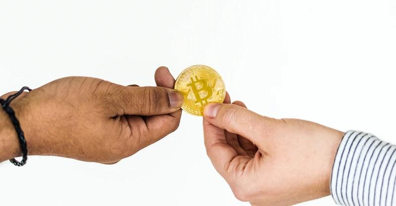 ループイフダン取引とビットコイン取引の相違点